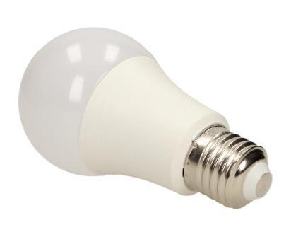 LED RGB žárovka W na dálkové ovládání