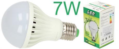 Úsporná žárovka 7W klasik