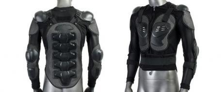 Celotělový chránič na motocykl