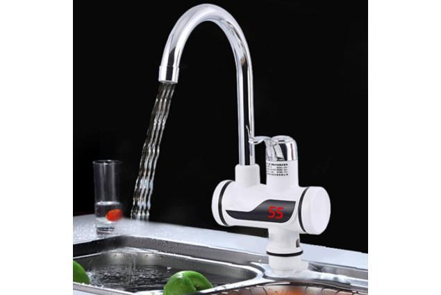 Foto 2 - Průtoková vodovodní baterie stojánková s elektrickým ohřevem vody model FO-J01