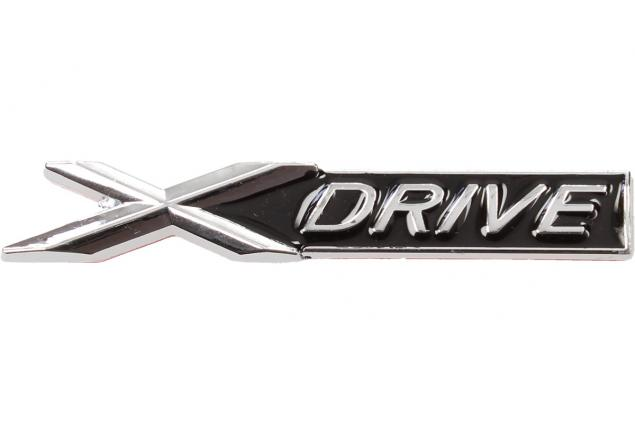 Foto 2 - Kovová samolepka X drive černá