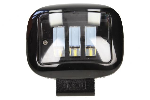 Foto 2 - LED přídavný reflektor do auta hranatý 12V F68