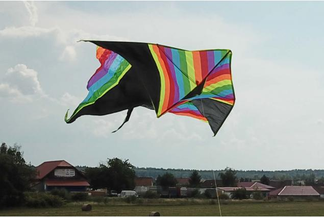 Foto 3 - Létající drak 150 cm barevný