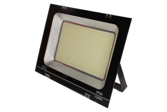 Foto 3 - LED super výkonný reflektor 200W Outdoor