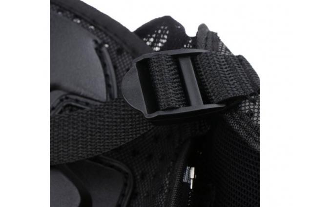 Foto 5 - Celotělový chránič na motocykl