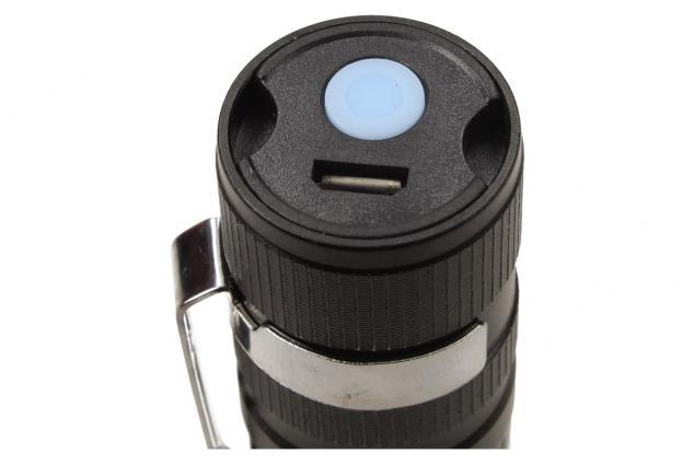 Foto 10 - Superjasná LED kapesní svítilna s klipem