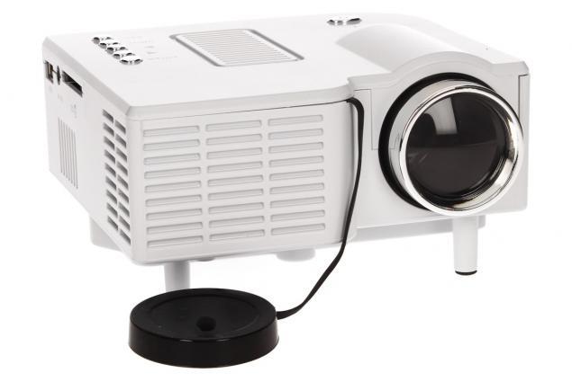 Foto 4 - Mini LED Lcd projektor cUC28