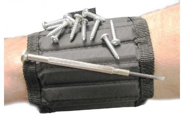 Foto 5 - Magnetický náramek pro kutily