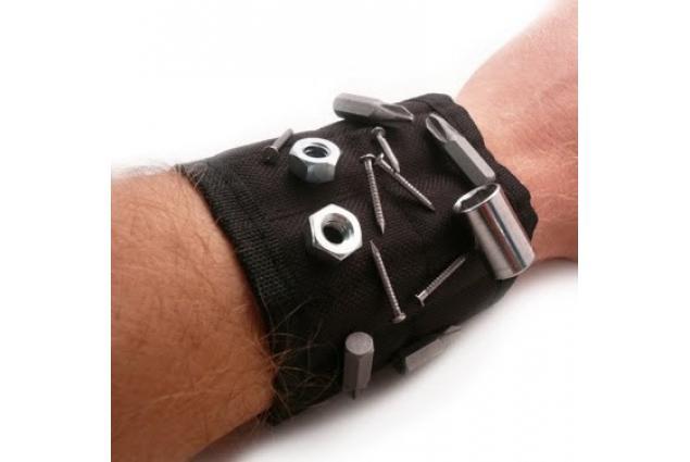Foto 2 - Magnetický náramek pro kutily