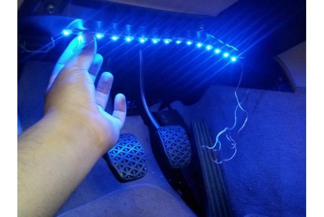Foto 4 - LED pásek na tuning aut a motorek