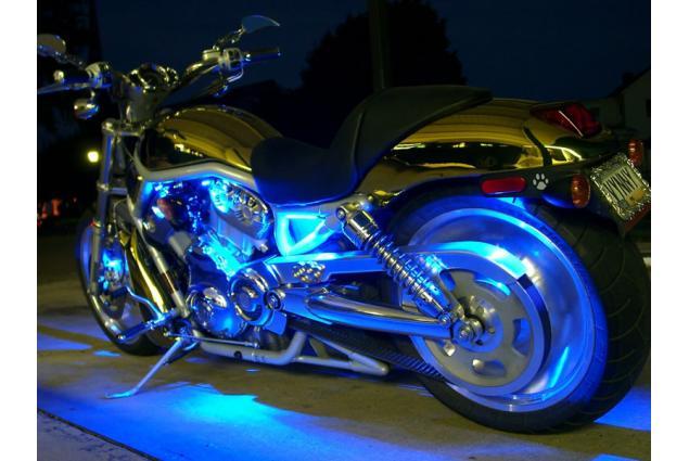 Foto 5 - LED pásek na tuning aut a motorek