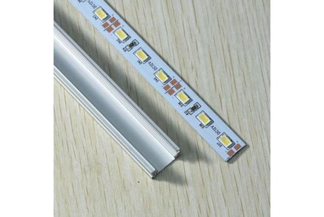 Foto 4 - Led pásek 5630 72LED v hliníkovém profilu 1m