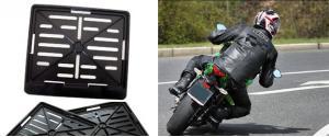 Tabulka pod SPZ na motorku