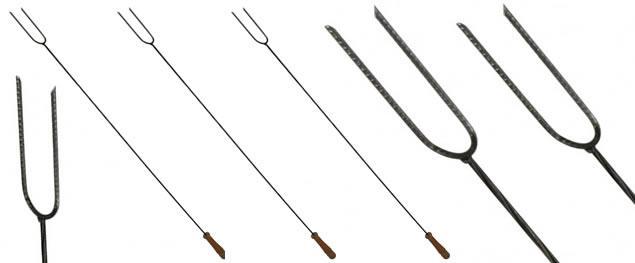 Opékací kovová vidlice 97 cm na špekáček